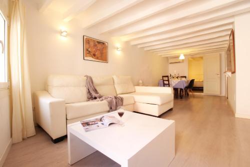 Cozy Apartment In Santa Catalina