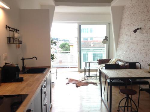 Industia Loft Apartment