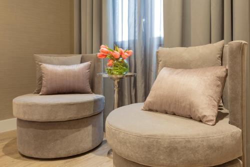 Habitación Doble Deluxe con jacuzzi® Hotel Palacete de Alamos 4