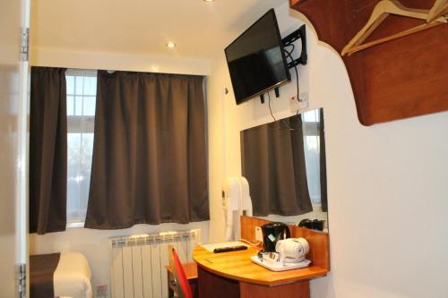 Euro Lodge Clapham - image 23