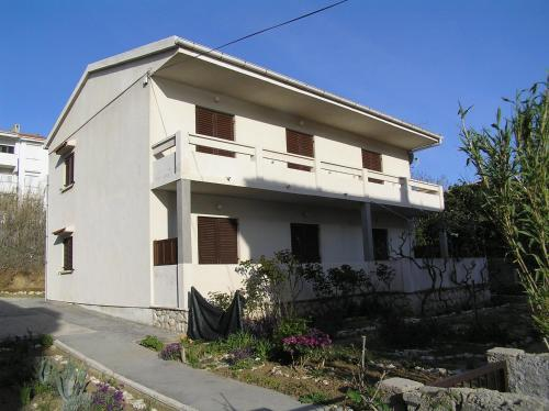 Apartment in Pag with Two-Bedrooms 9