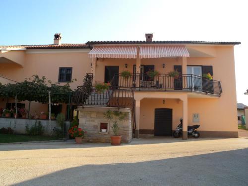 Apartment Nedescina 2