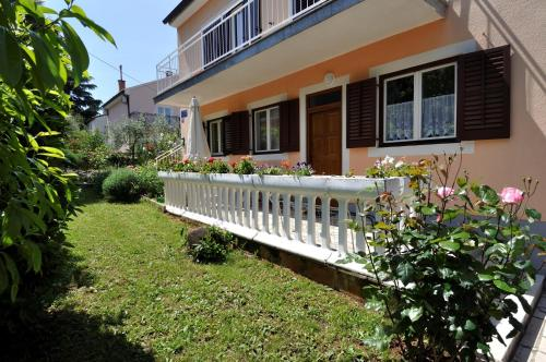 One-Bedroom Apartment in Porec II