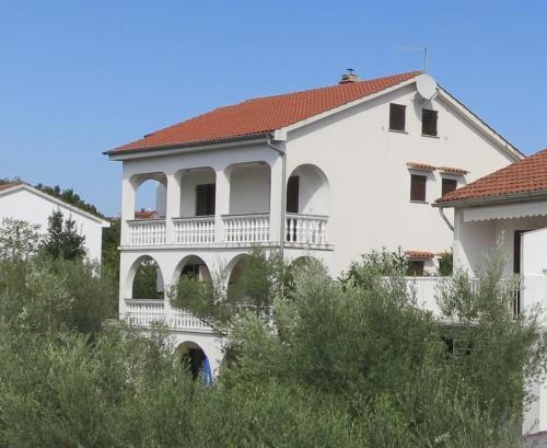 One-Bedroom Apartment in Malinska 1
