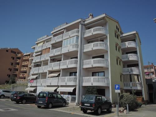 Crikvenica Two-Bedroom Apartment 5