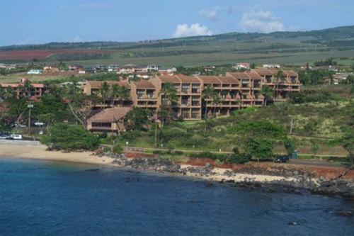Photo of Kahana Villa Hotel Bed and Breakfast Accommodation in Kahana Hawaii