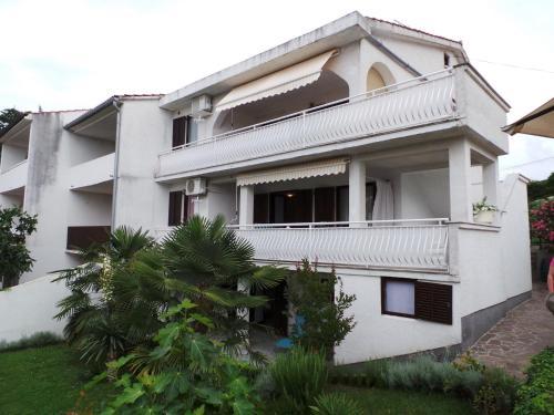 Apartment Malinska 6