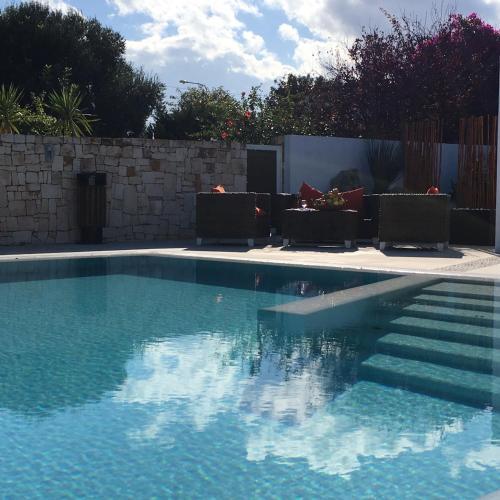 Carone Suite-Charme&Pool