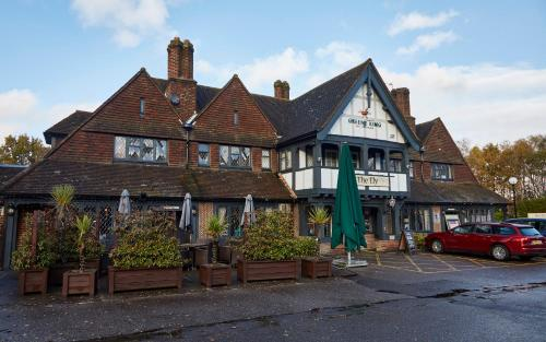 The Ely Inn hotel in Yateley