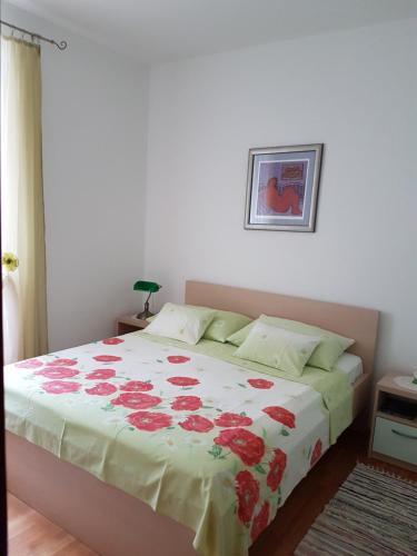 Viola Apartment