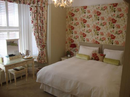 The Mayfair guest house hotel in Southampton