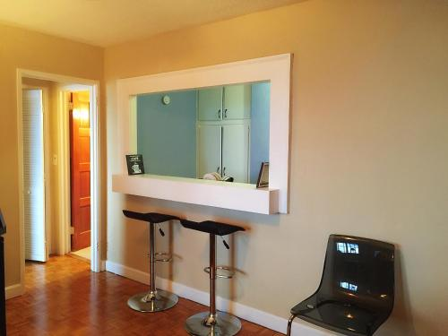 Hotel Downtown 1 Bedroom Apt #18H