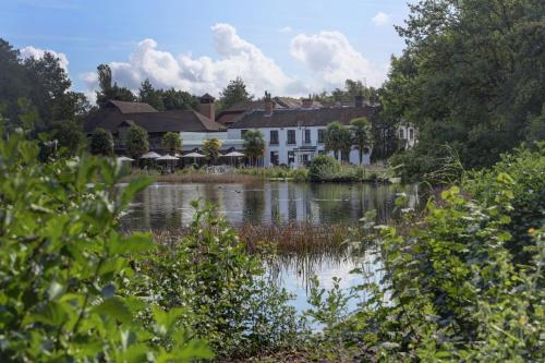 Best Western Frensham Pond Hotel