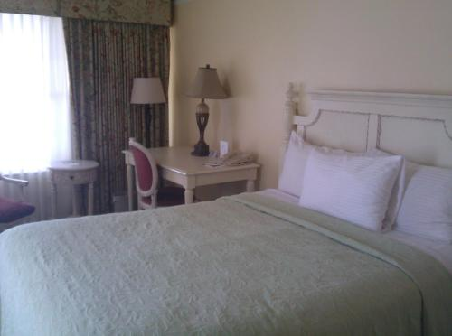 Hotel information. Bayfront Inn  Saint Augustine  FL  United States Overview