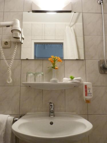 Kult-Hotel Auberge photo 53