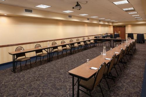 Americinn Mankato Hotel & Conference Center