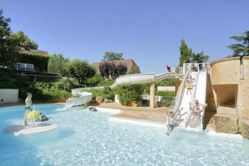 Vacances yes We Camp Les Granges