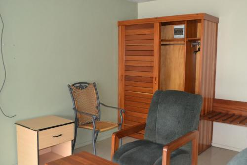 Deluxe Queen Room with Air Conditioning