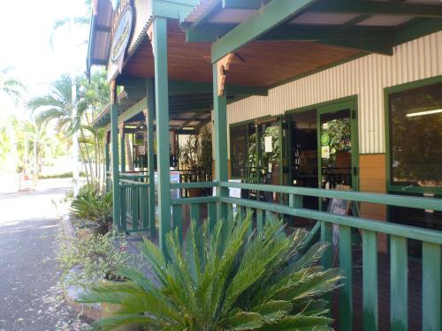 Ivanhoe Resort
