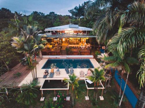 Bambuda Lodge, Solarte