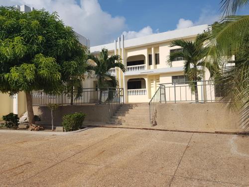 Jackson Guesthouse Anomabo, Anomabu