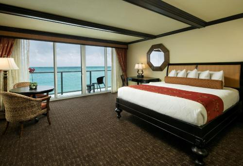 King Suite with Oceanfront View