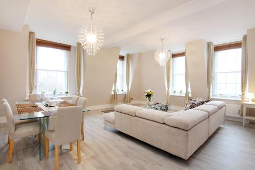 London Lifestyle Apartments - Buckingham Palace - Hyde Par