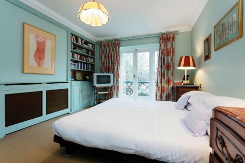 Veeve - Noble Chelsea, 4 Bed by Kings road
