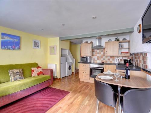 St Ives Apartment