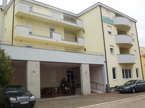 Отель Pansion Škegro 3 звезды Босния иГерцеговина