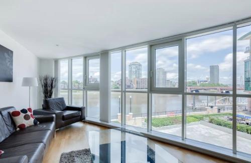 London Eye View Apartment