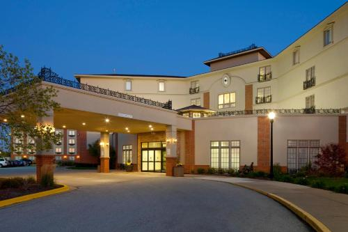 Doubletree Hotel Bloomington IL, 61701