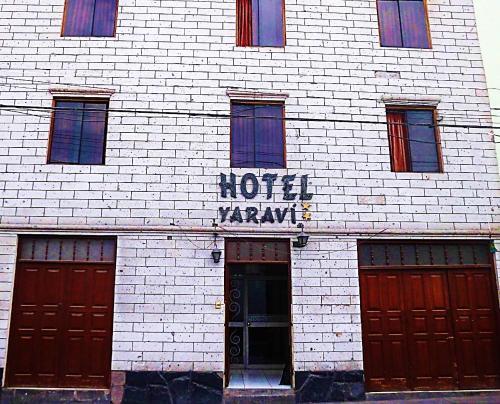 HotelHotel Yaravi