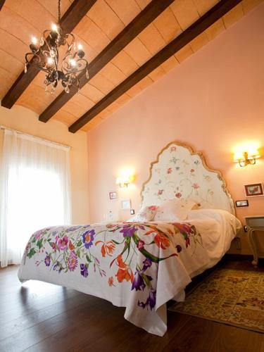 Superior Double or Twin Room - single occupancy Casa de La Campana 1