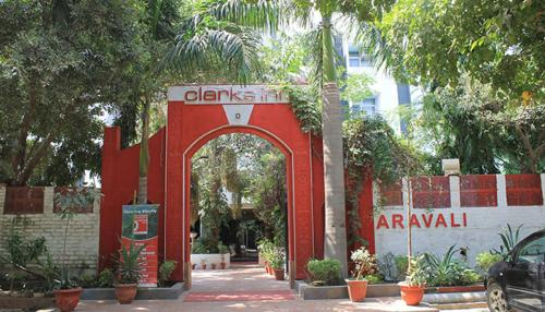 Aravali Clarks Inn