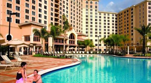 Top Resort Minutes From Disney