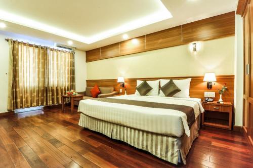 Combo Free & Easy: Oriental Nha Trang Hotel và vé máy bay khứ hồi