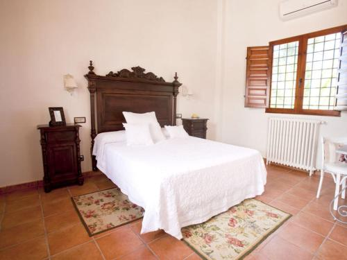 Superior Double or Twin Room - single occupancy Casa de La Campana 4