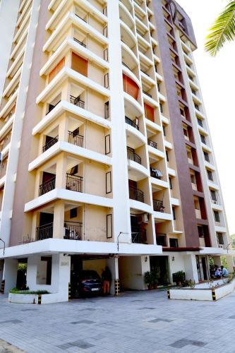 HotelVoystays Apartment Sreekariyam