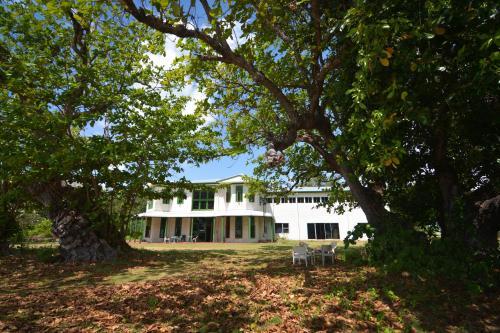 Oceania House Cocos Island, Bantam Village