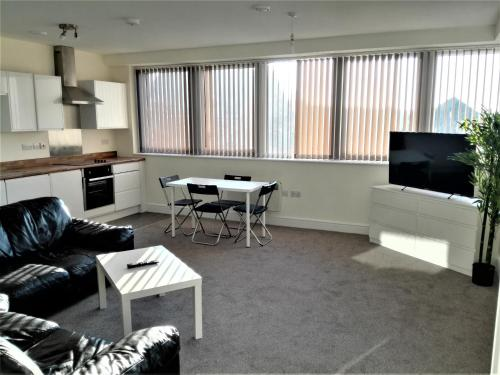 2 Bed Centre Apartments
