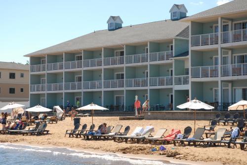 sugar beach resort hotel traverse city mi united states. Black Bedroom Furniture Sets. Home Design Ideas