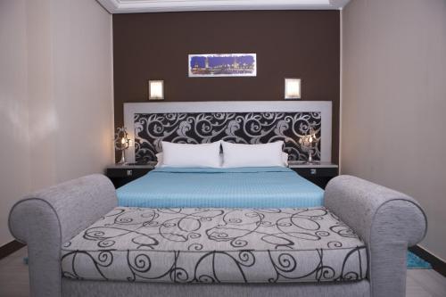 Jardy Hotel & Suite