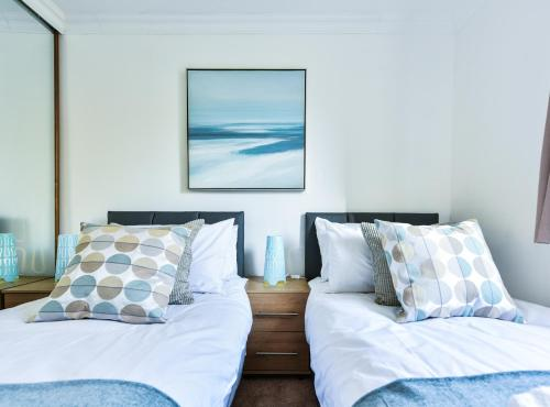 Stay at Brighton Marina Apartment