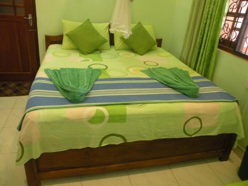 Economy Triple Room with Private Bathroom and Fan