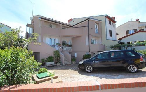 Apartments Eni