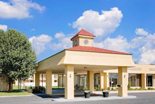 Hotels Near Idlewild Park, Easton : Find, Compare and Book