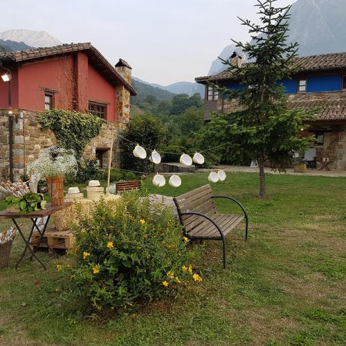Casas de Aldea Valle de Bueida