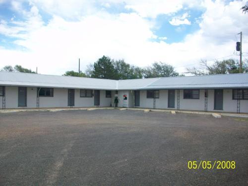 Clayton Motel