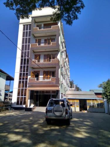 Hotel Moe